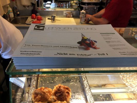 Lecker Eis und Leipziger Lerchen im Cafe WB an der Könneritzstraße. Foto: LZ